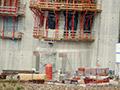 09.07.2011: Der neue Entnahmeturm wird gebaut